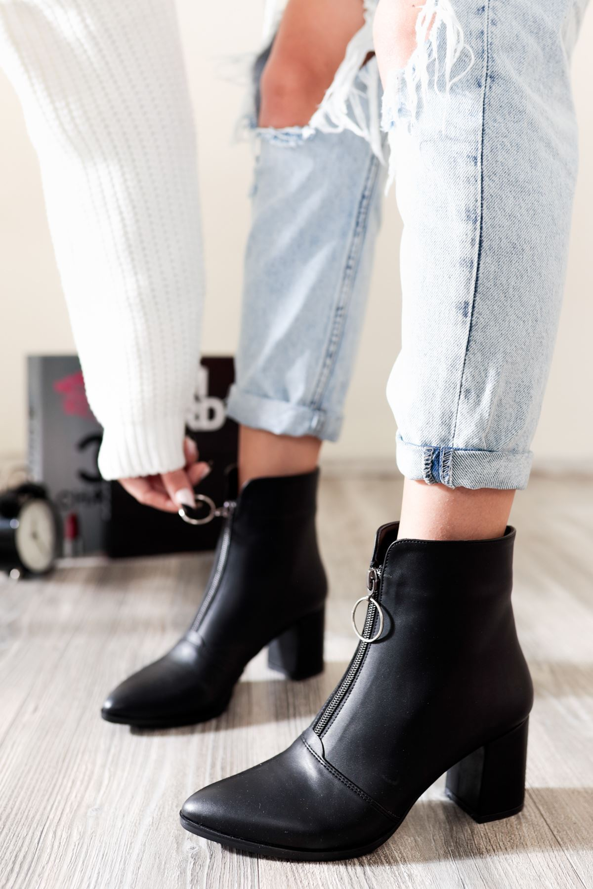 Diva Siyah Topuklu Kadın Bot