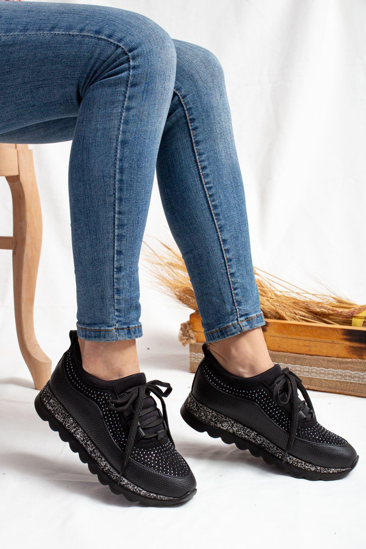 Pavi Siyah Taşlı Kadın Spor Ayakkabı