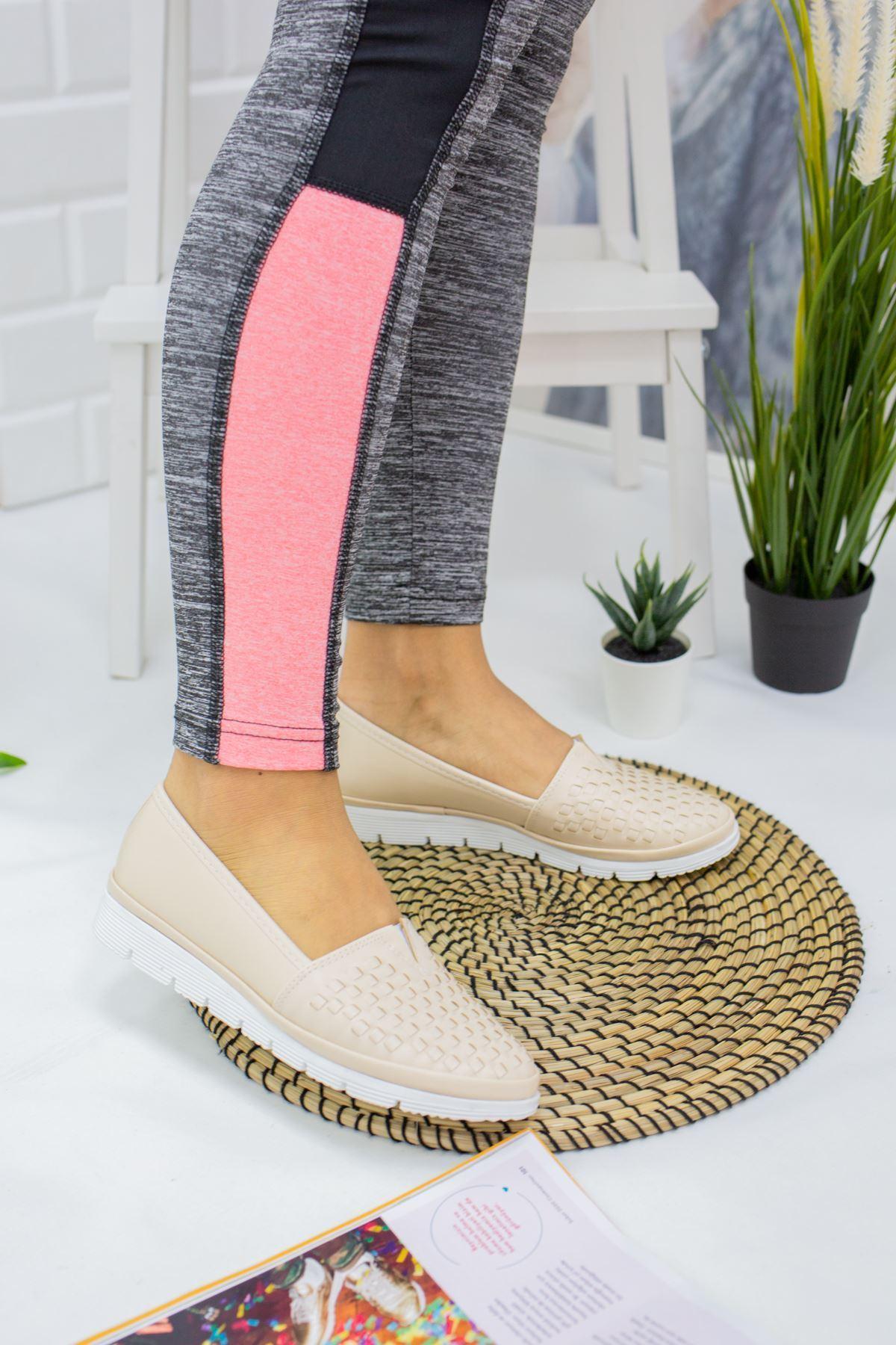 Pari Krem Cilt Kadın Günlük Ayakkabı