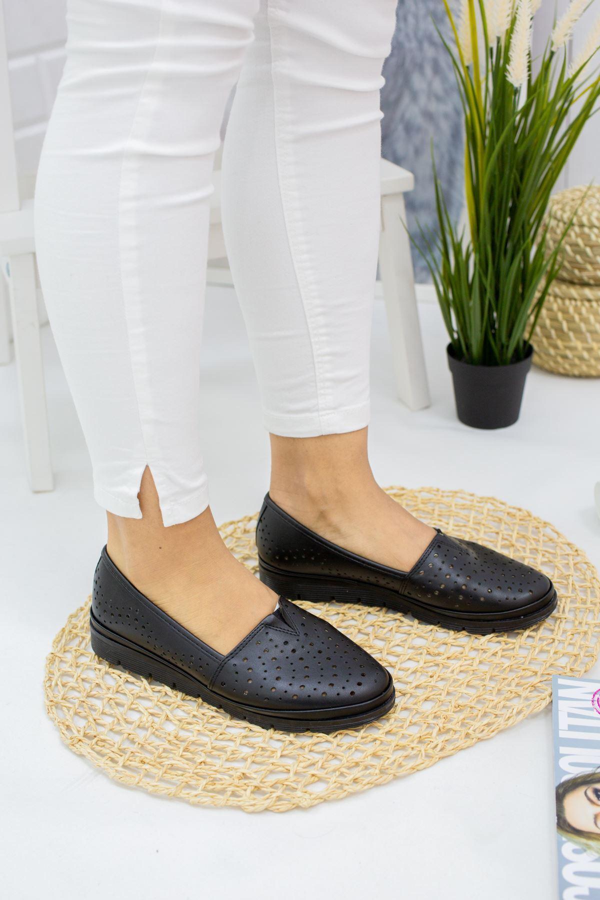 Pari Siyah Cilt Kadın Günlük Ayakkabı