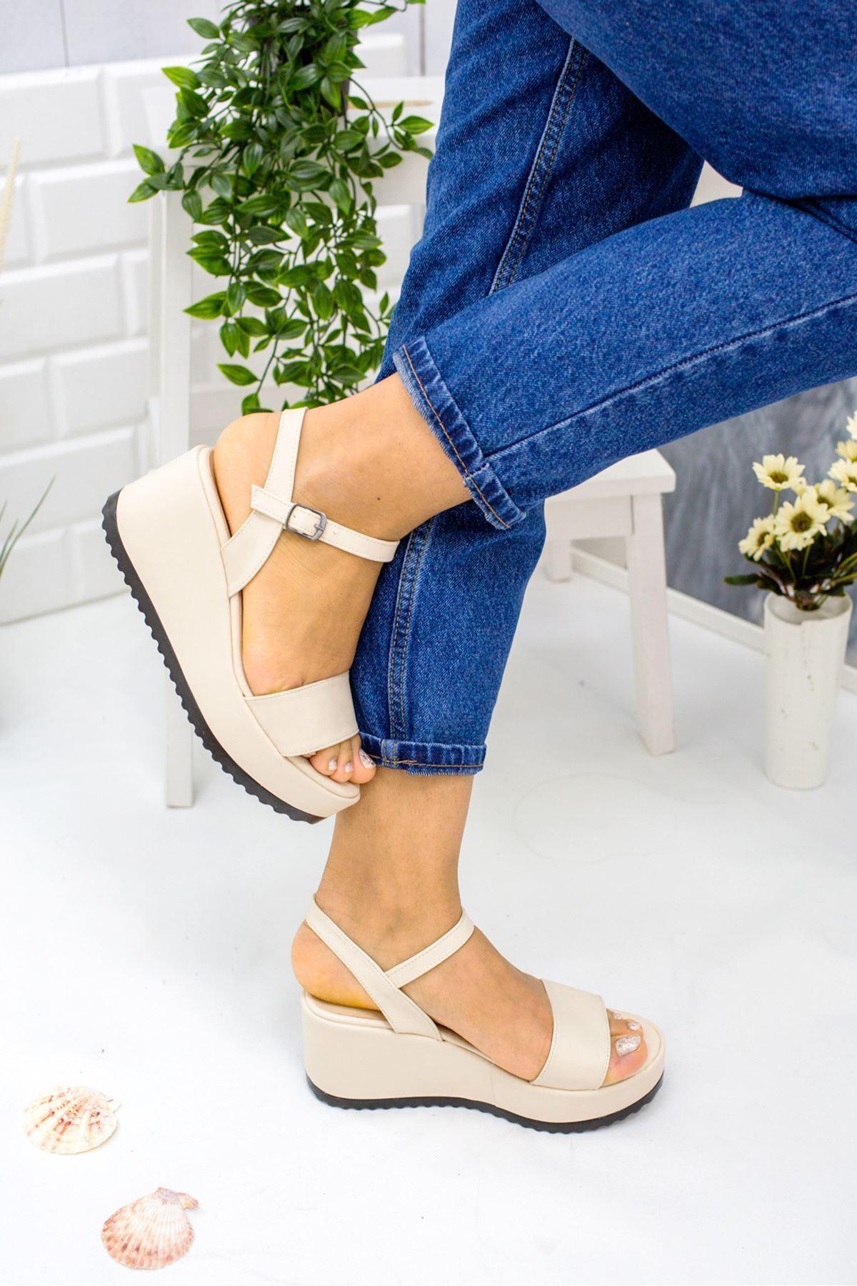 Alix Krem Cilt Kadın Dolgu Topuk Sandalet