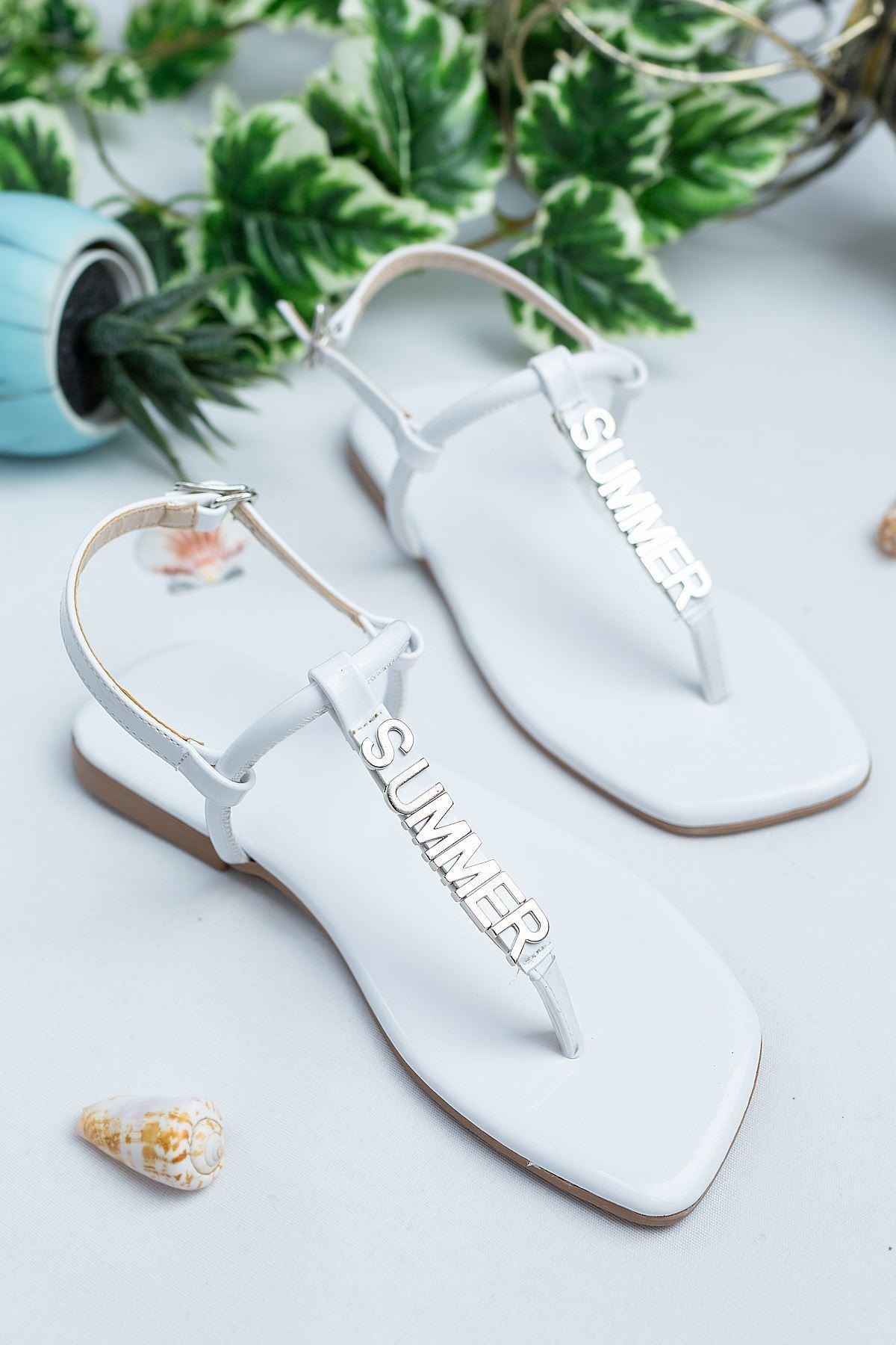 Bodrum Beyaz Rugan Kadın Sandalet