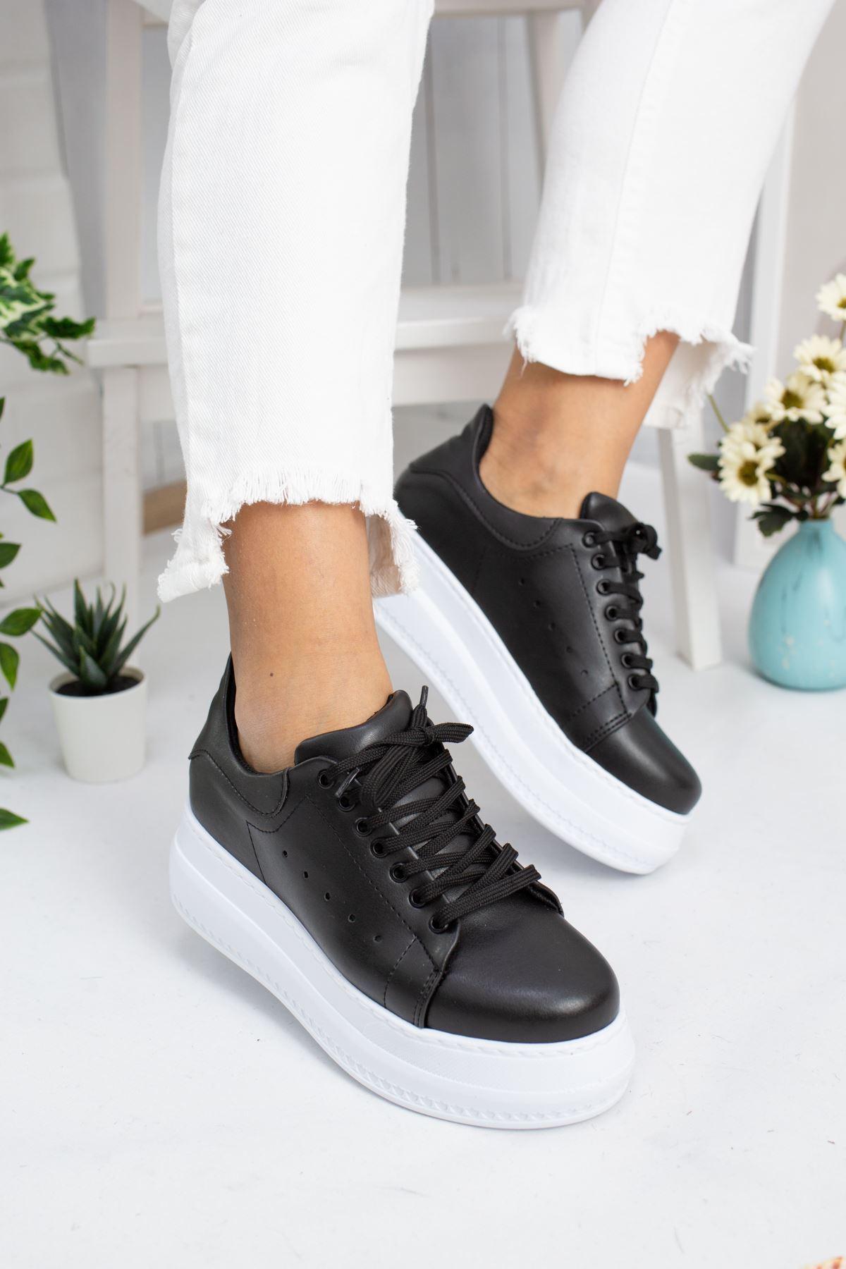 Tito Siyah Cilt Kadın Spor Ayakkabı