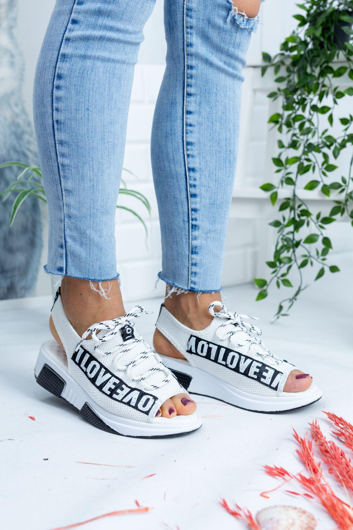 Love Beyaz Triko Kadın Sandalet