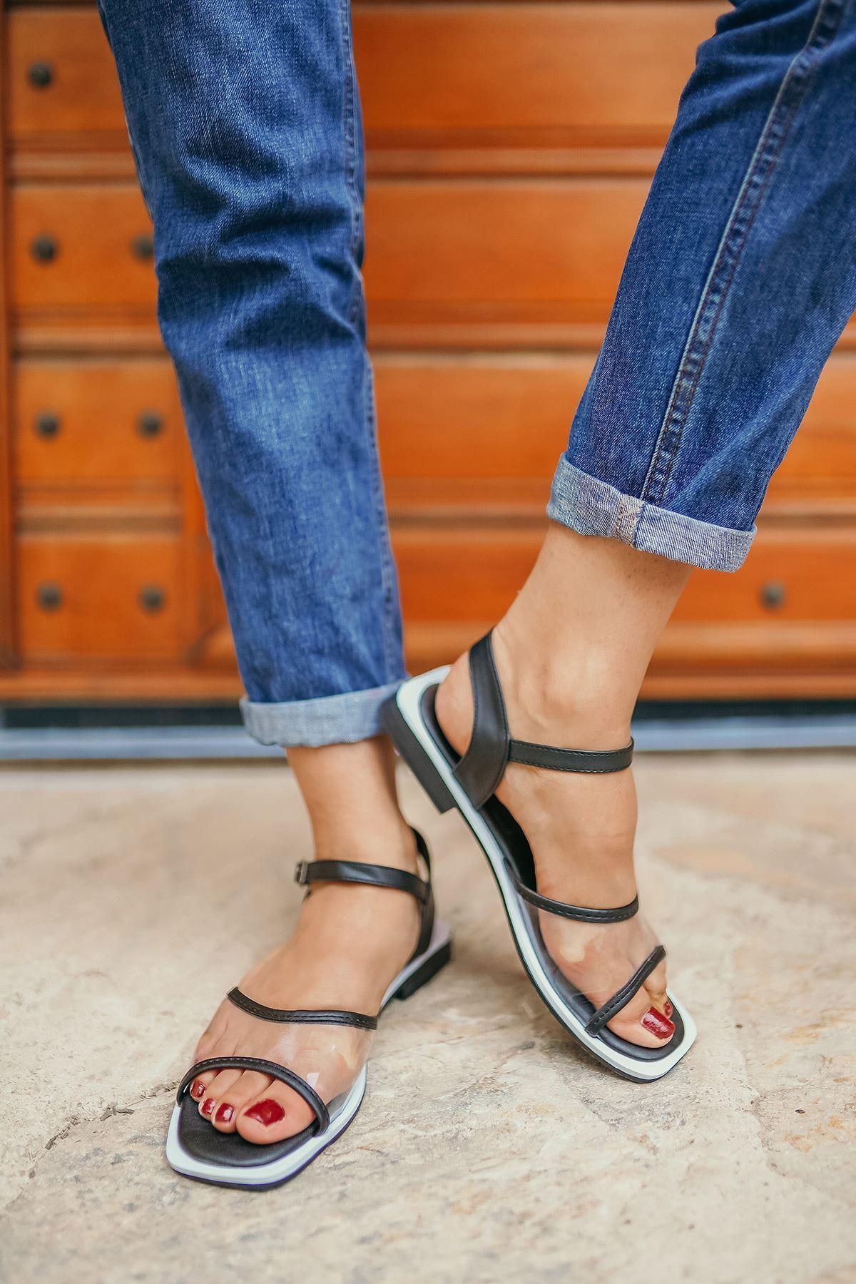 Ricky Siyah Şeffaf Kadın Sandalet