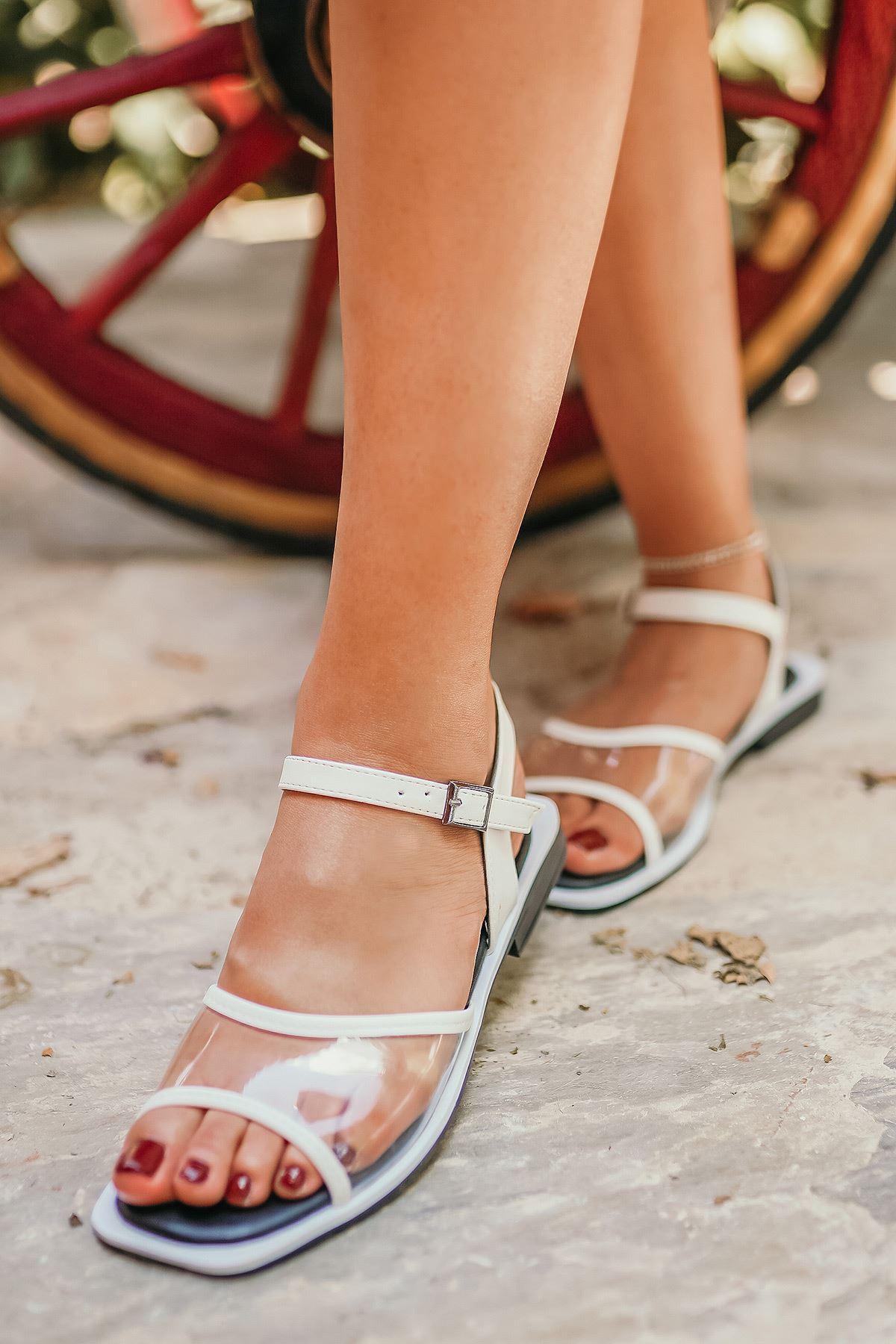 Ricky Beyaz Şeffaf Kadın Sandalet