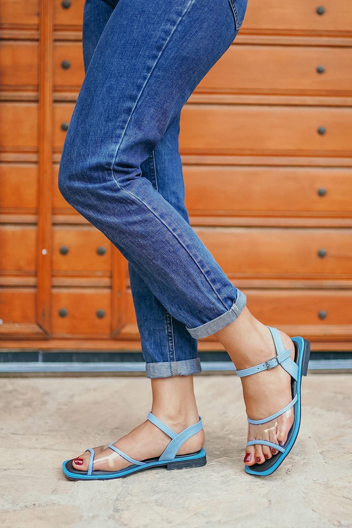 Ricky Mavi Şeffaf Kadın Sandalet