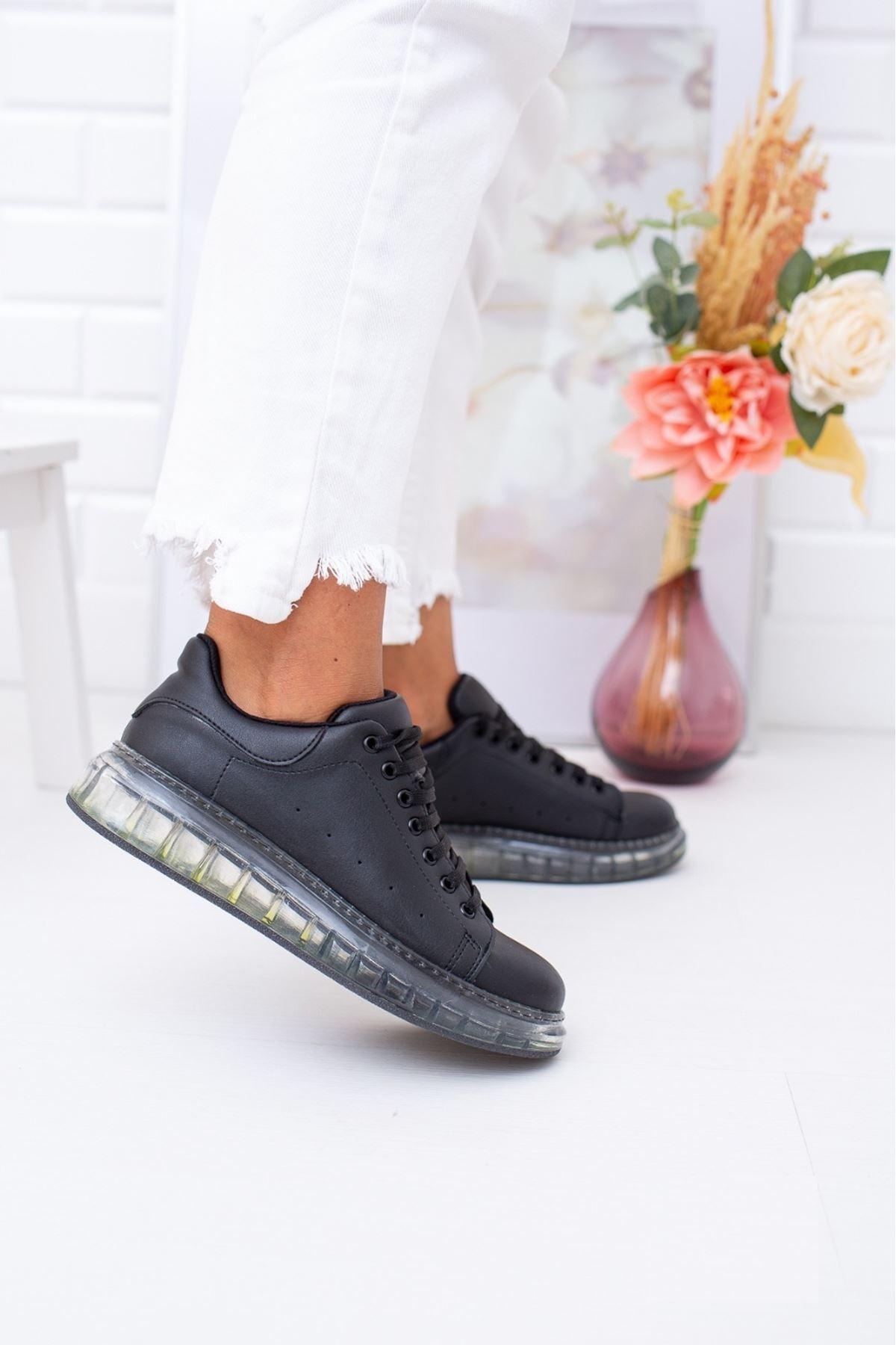Setenay Siyah Cilt Kadın Spor Ayakkabı