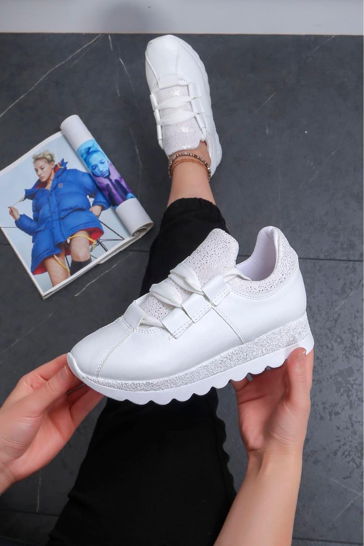 Hudson Beyaz Cilt Spor Ayakkabı
