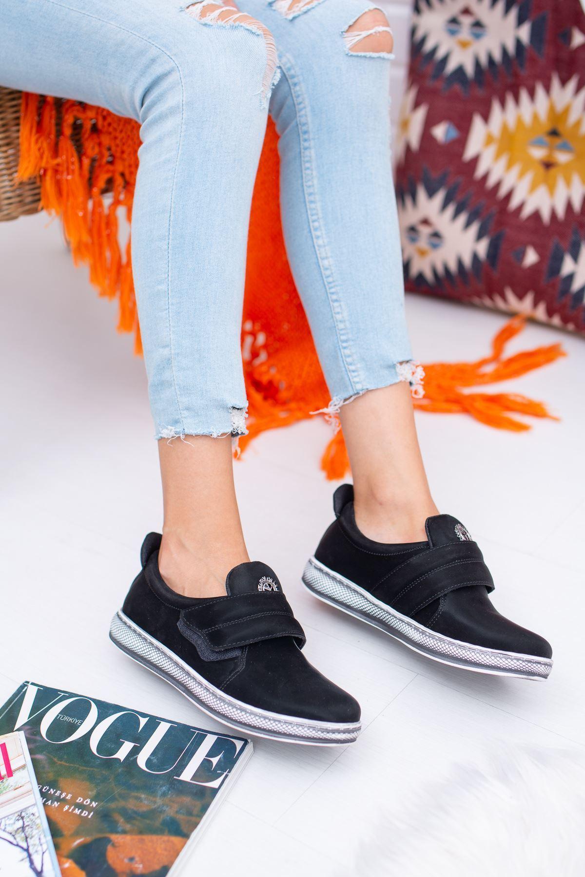 Greta Siyah Kadın Günlük Ayakkabı