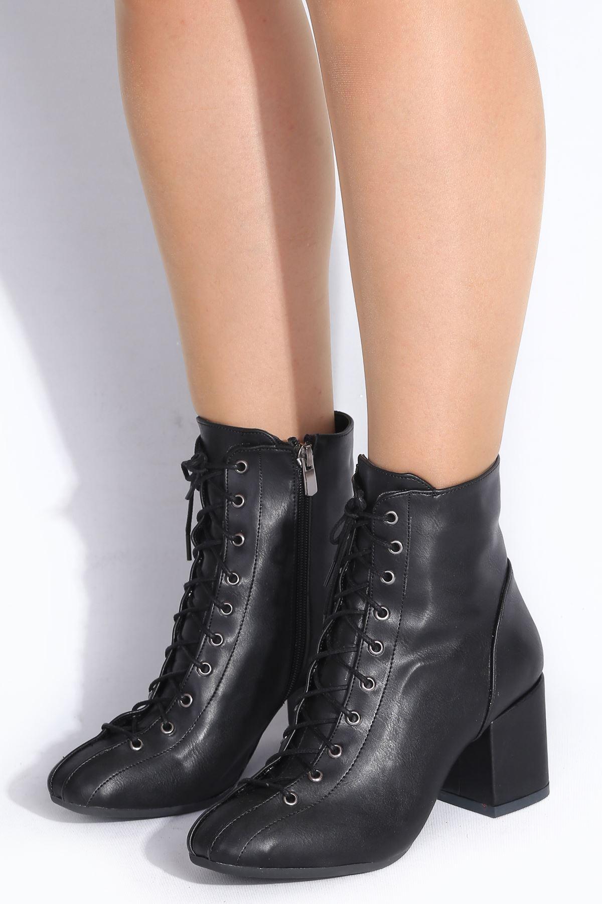 Devon Siyah Topuklu Kadın Bot