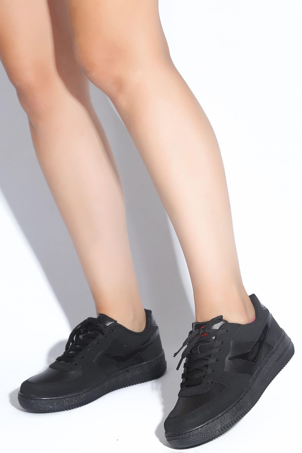 Hanna Siyah Süet Kadın Spor Ayakkabı