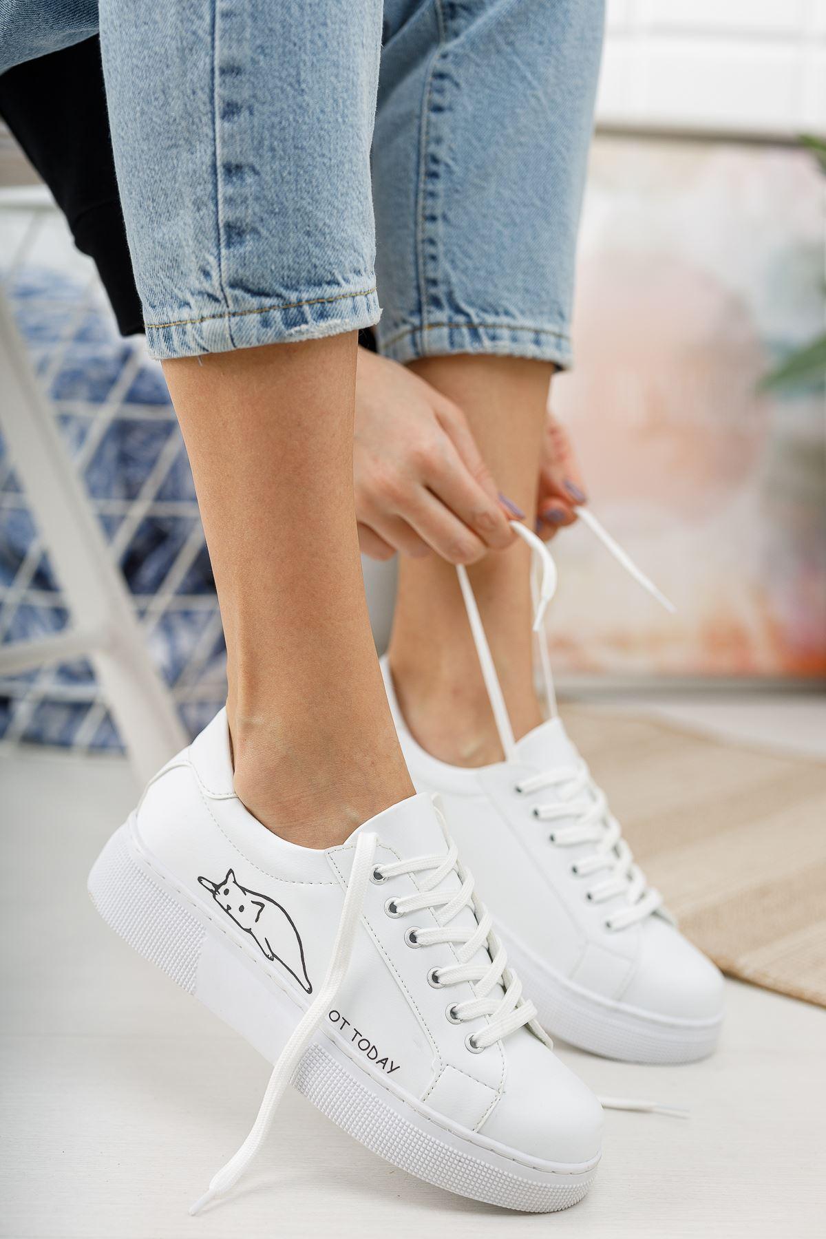 Luca Kedi Baskılı Bağcıklı Beyaz Spor Ayakkabı