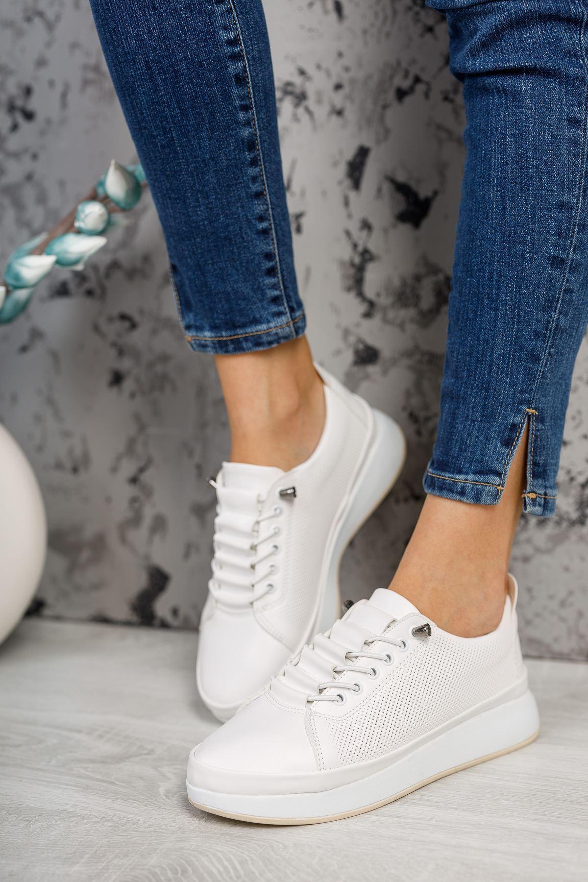 Karenna Beyaz Mat Deri Bağcıklı Kadın Günlük Ayakkabı