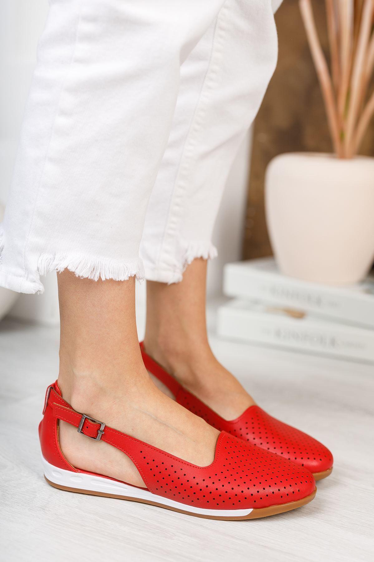 Ruvinna Kırmızı Mat Deri Kadın Günlük Babet