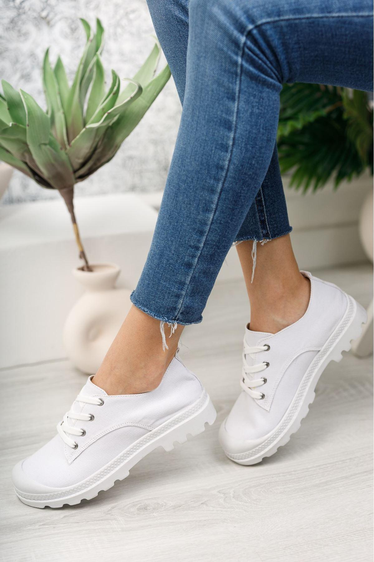 Pirina Beyaz Keten Bağcıklı Kadın Spor Ayakkabı
