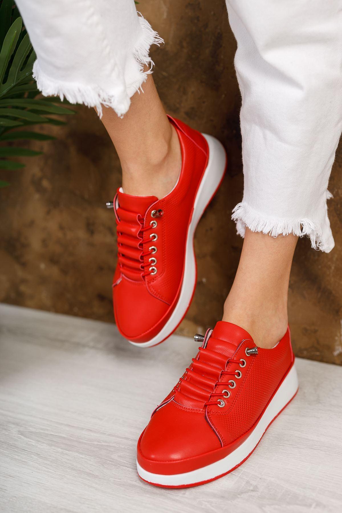 Karenna Kırmızı Mat Deri Bağcıklı Kadın Günlük Ayakkabı