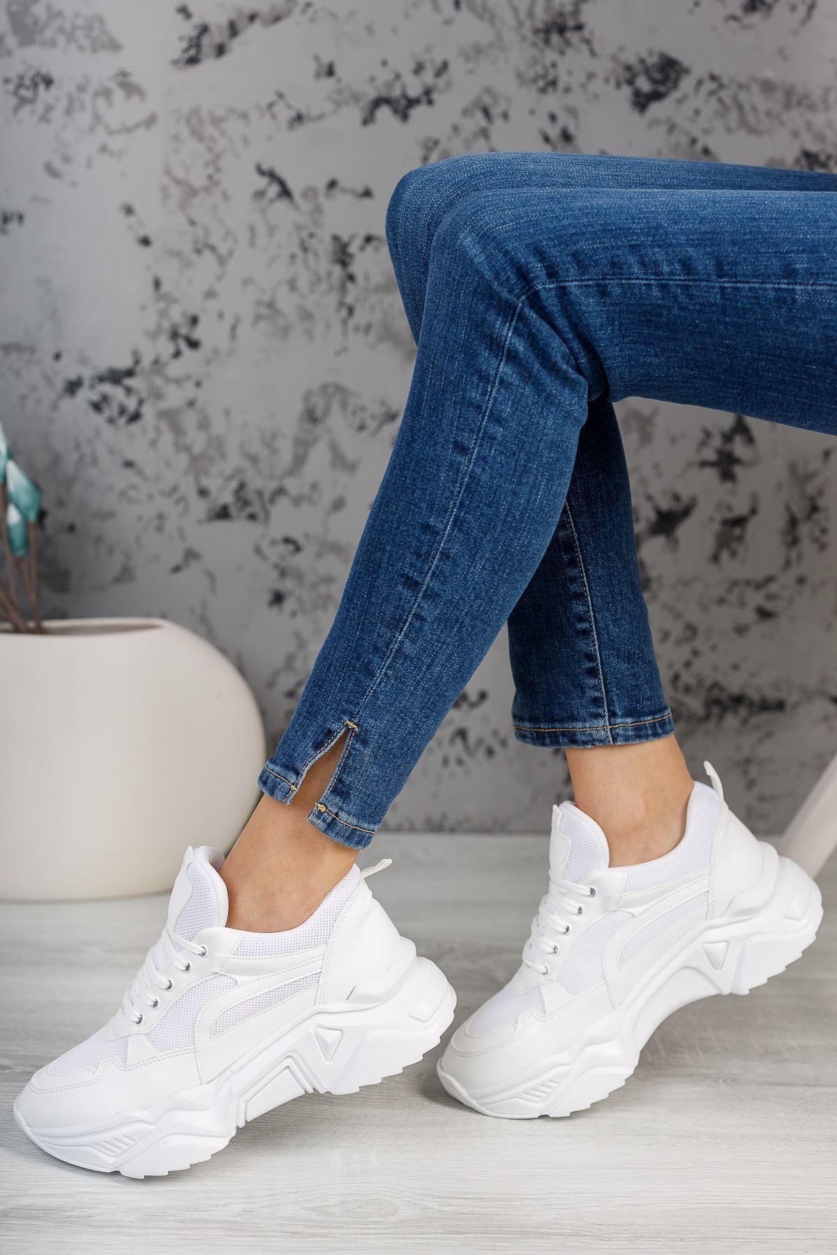 Lenimol Beyaz Mat Deri Bağcıklı Kadın Spor Ayakkabı