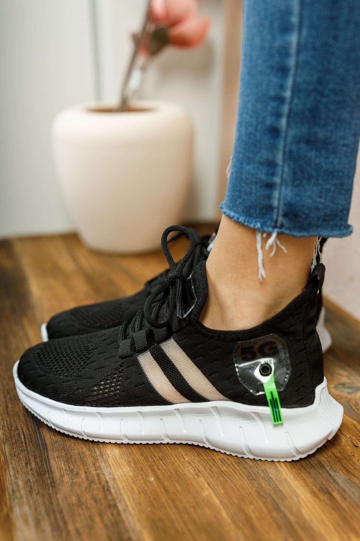 Mirella Siyah Triko Bağcıklı Kadın Spor Ayakkabı