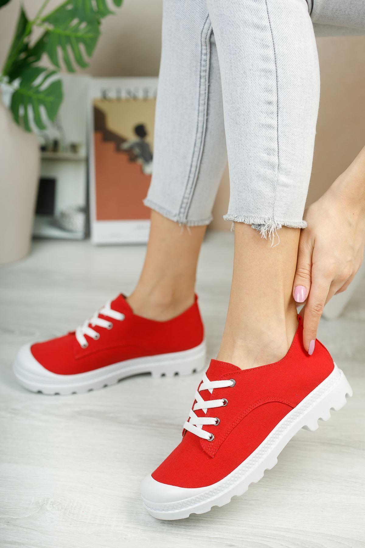 Pirina Kırmızı Keten Bağcıklı Kadın Spor Ayakkabı