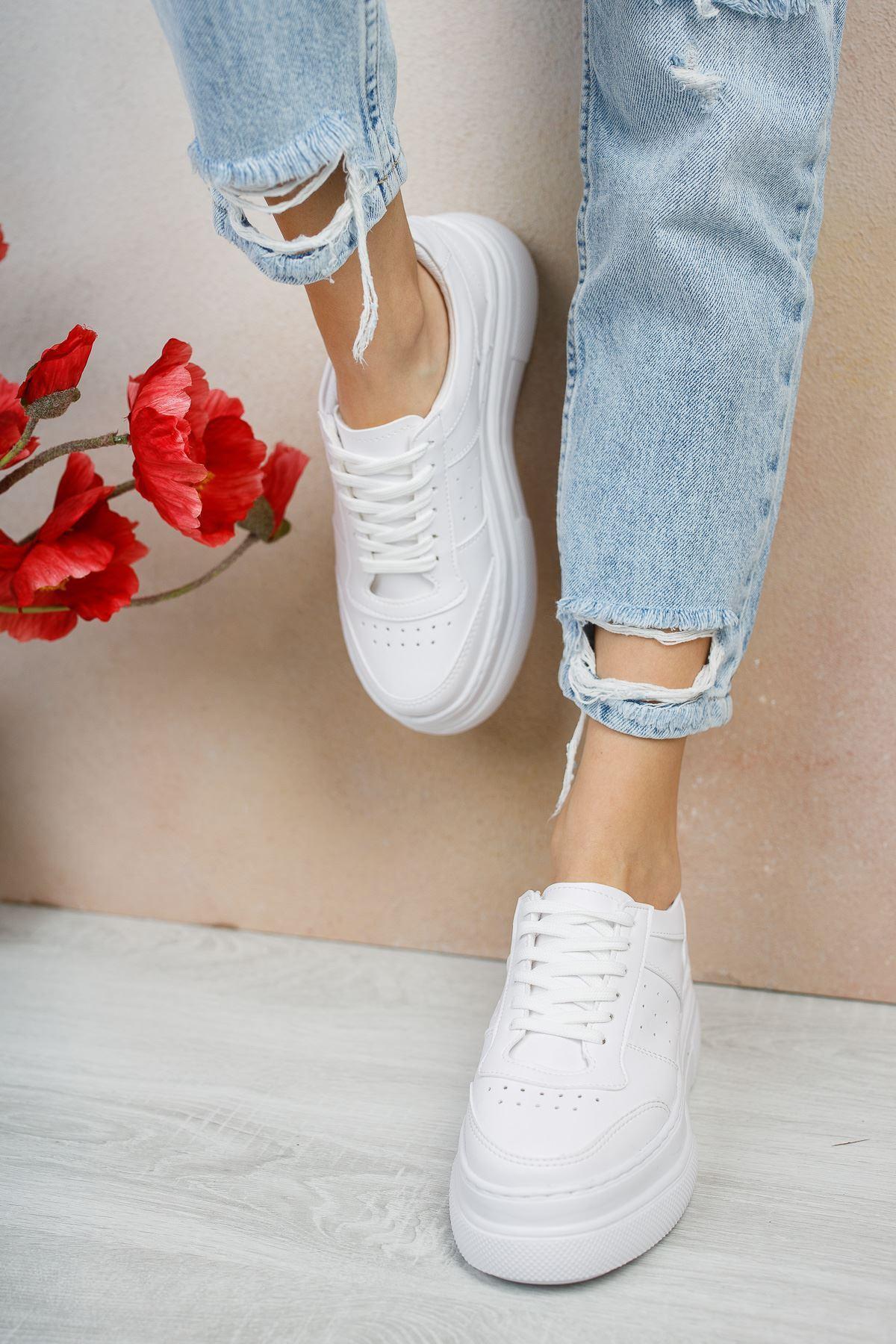 Oreta Yüksek Taban Kadın Spor Ayakkabı