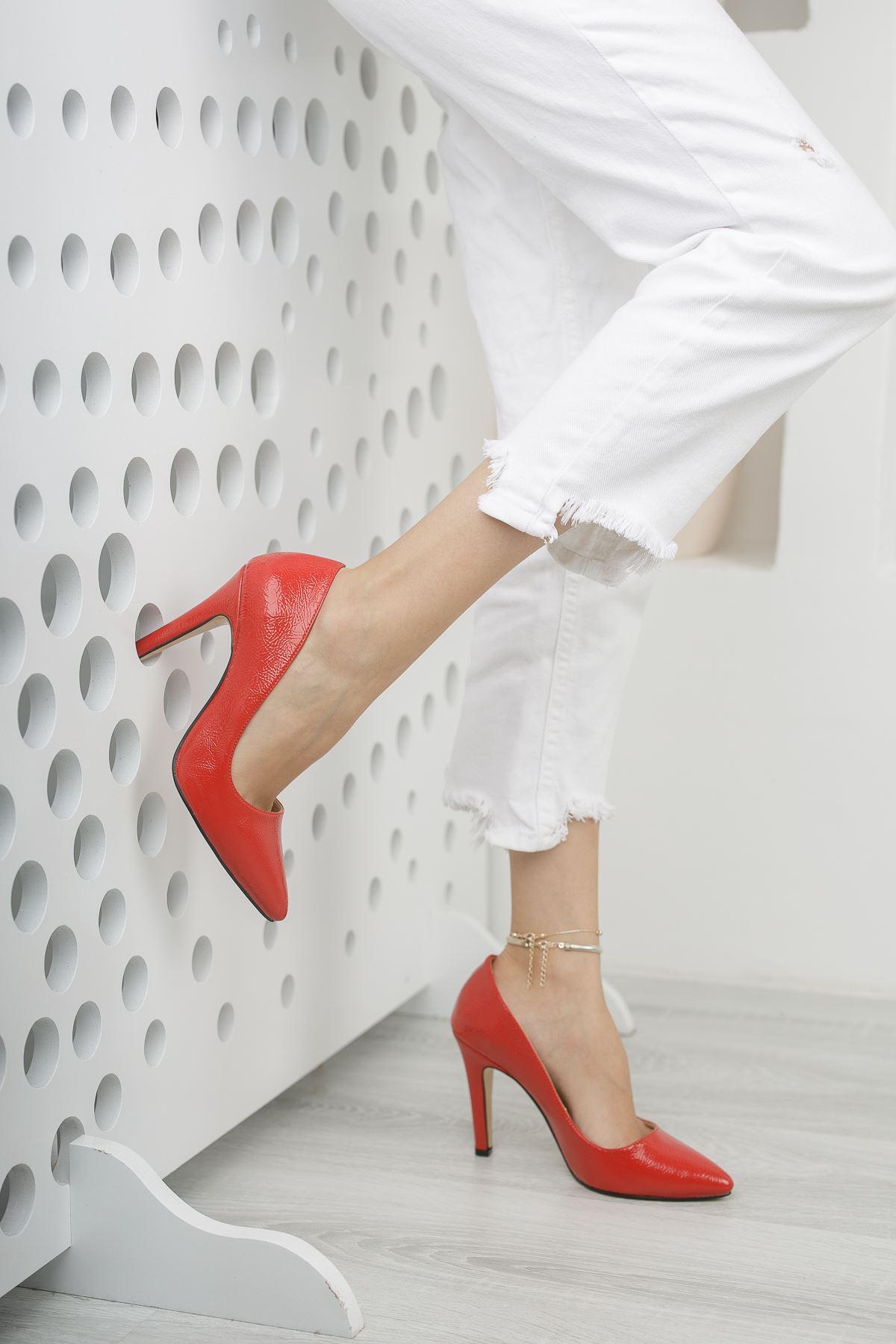 Mariam Kırmızı Kırışık Rugan Yüksek Topuklu Stiletto