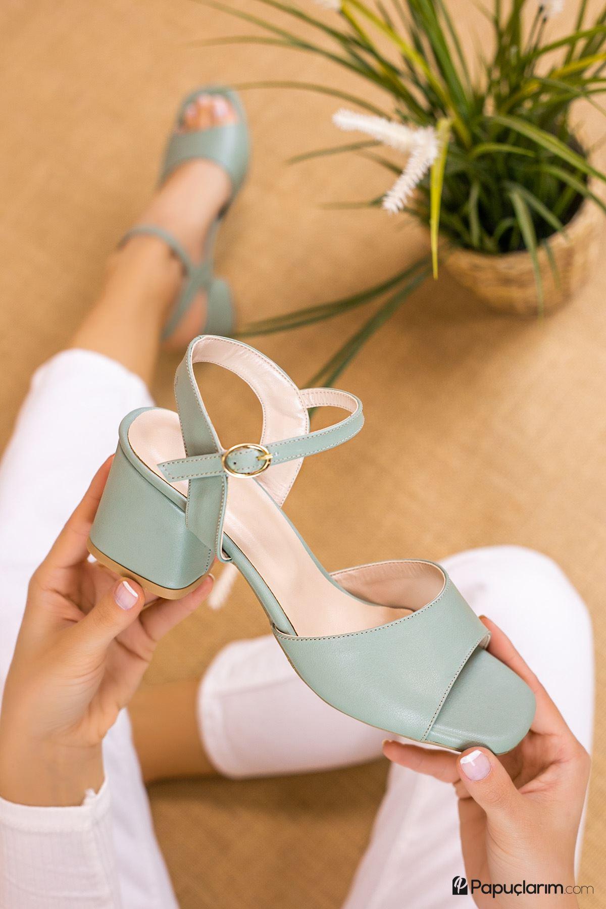Agie Yeşil Topuklu Kadın Ayakkabı