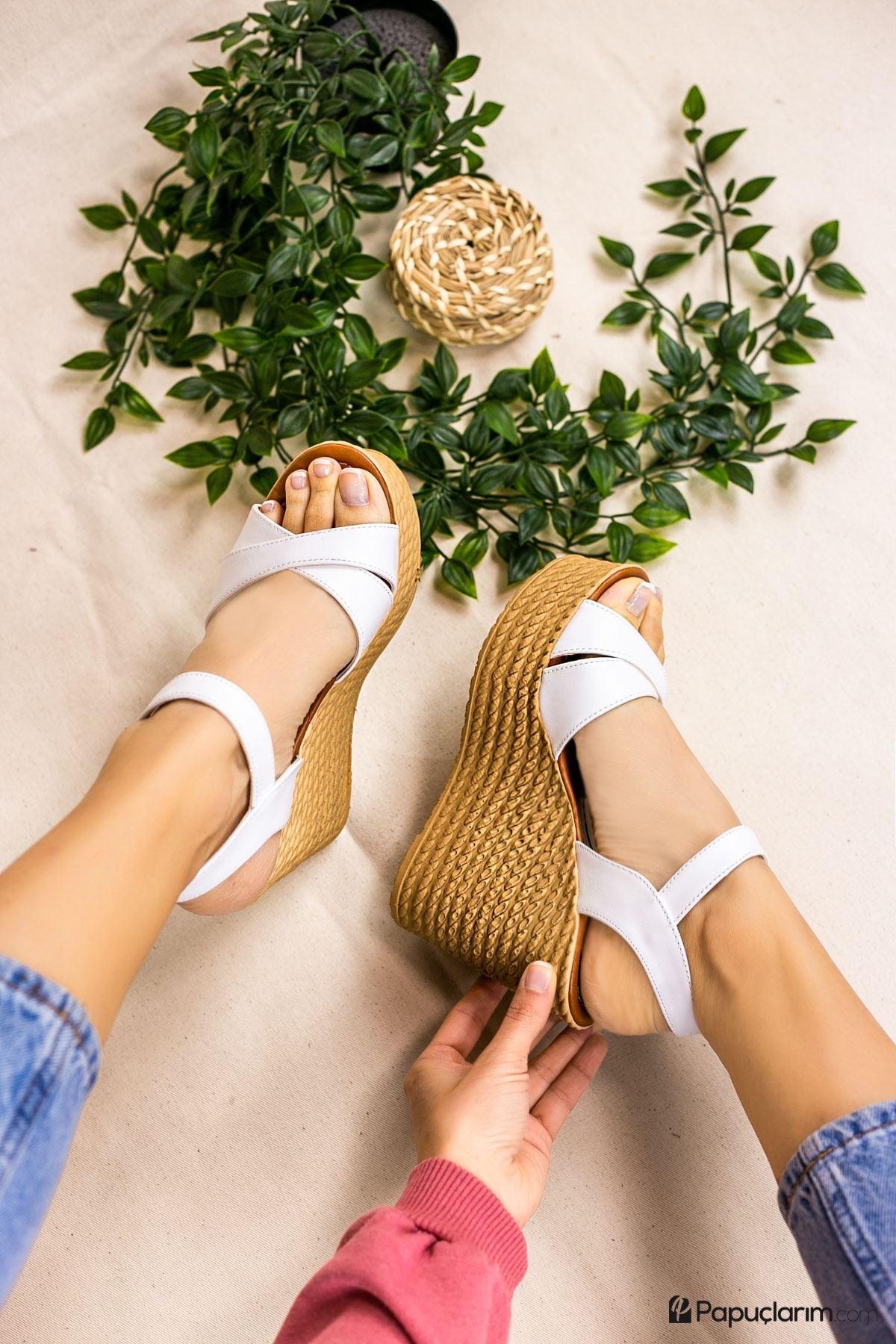 Shirley Beyaz Mat Deri Dolgu Topuk Kadın Ayakkabı