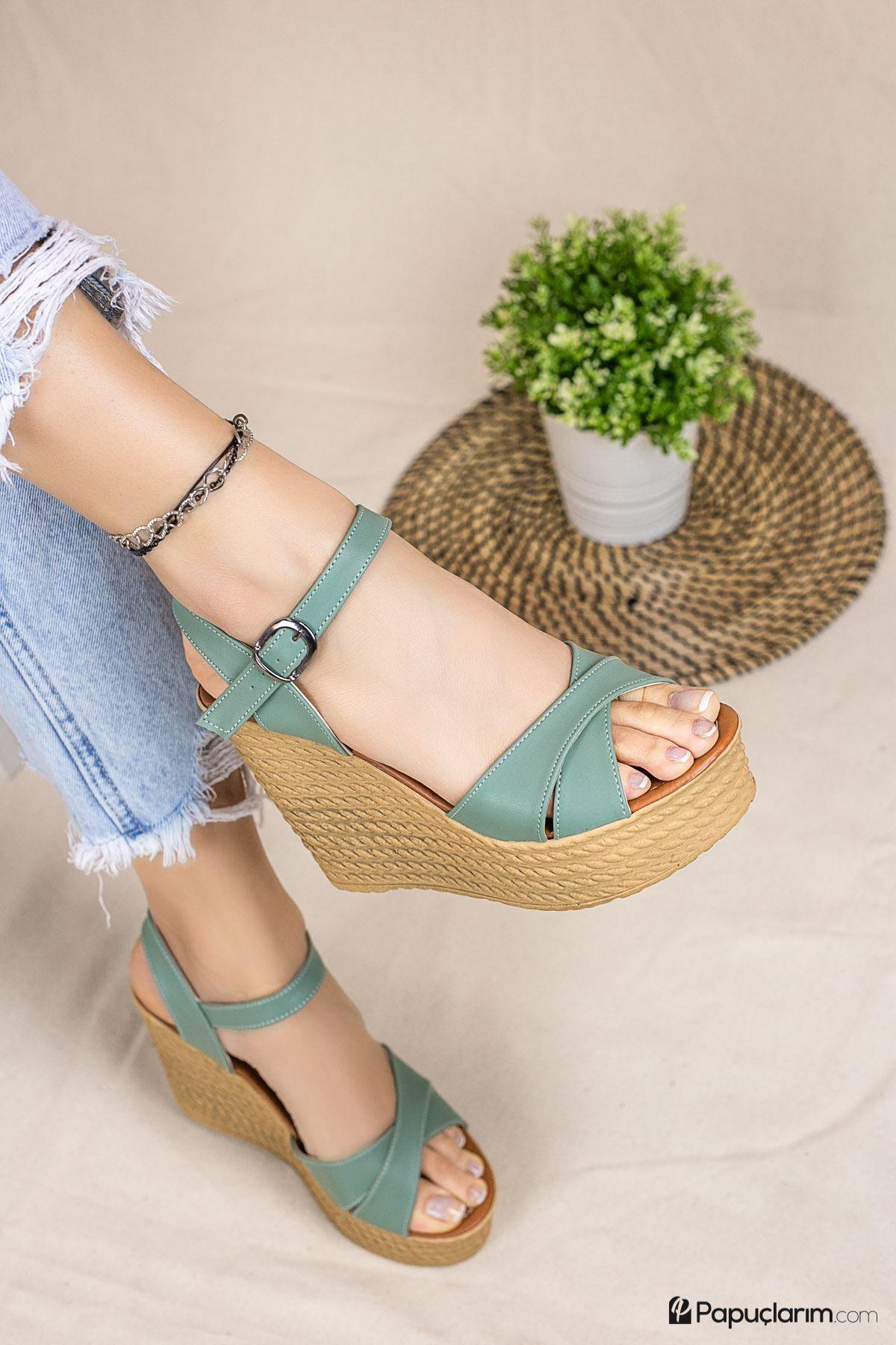 Shirley Yeşil Mat Deri Dolgu Topuk Kadın Ayakkabı