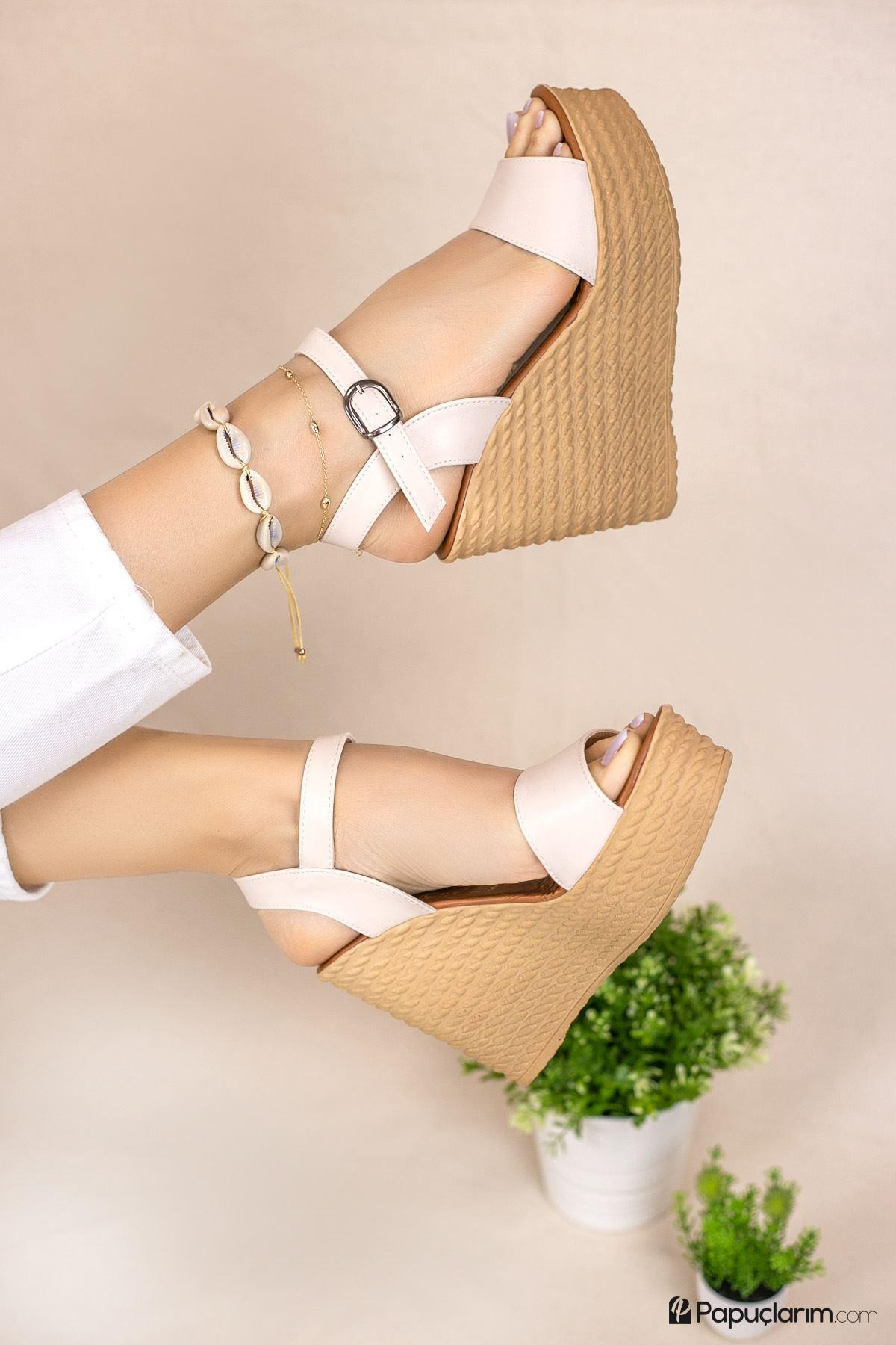 Angie Krem Mat Deri Dolgu Topuk Kadın Ayakkabı