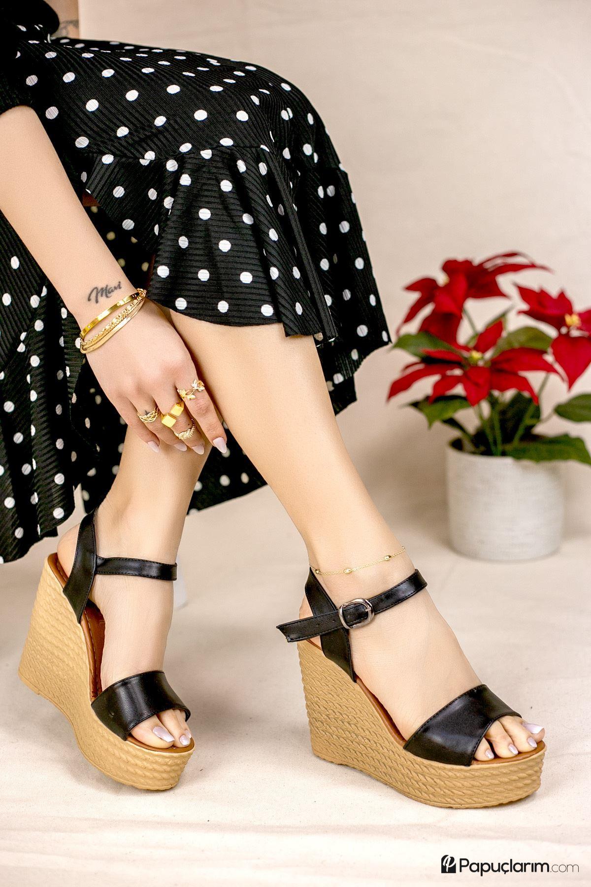 Angie Siyah Mat Deri Dolgu Topuk Kadın Ayakkabı