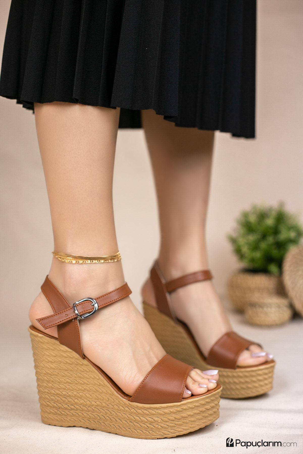 Angie Taba Mat Deri Dolgu Topuk Kadın Ayakkabı