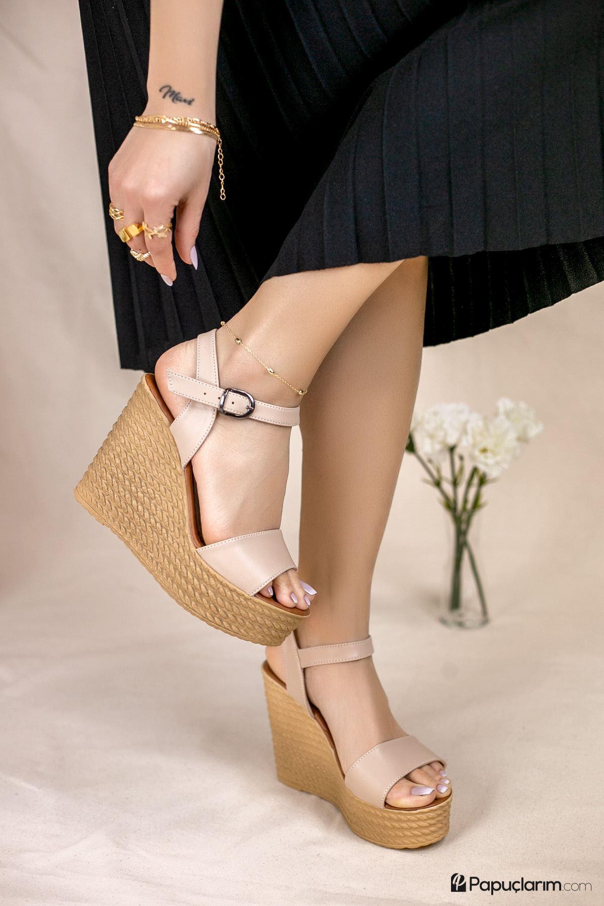 Angie Vizon Mat Deri Dolgu Topuk Kadın Ayakkabı
