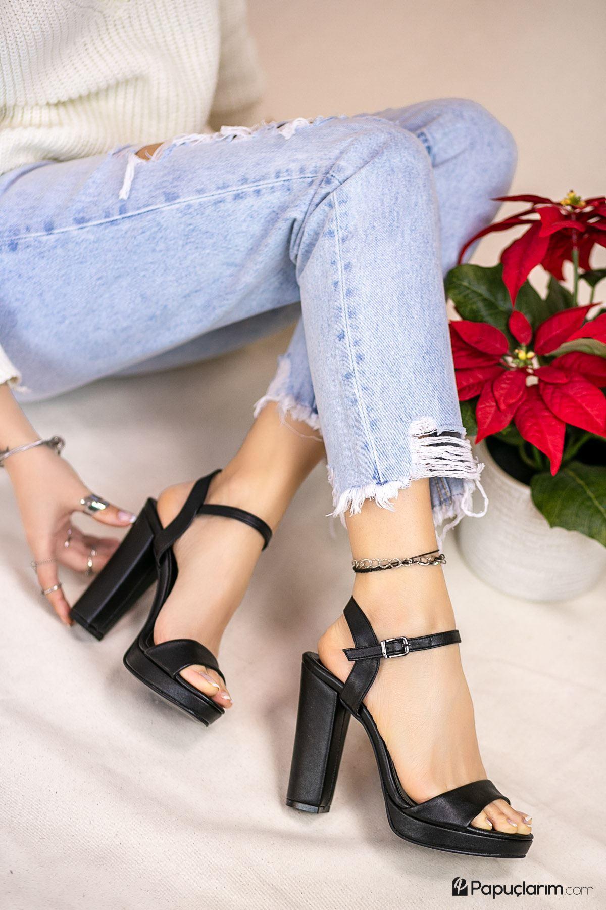 Alicia Siyah Mat Deri Yüksek Platform Kadın Topuklu Ayakkabı