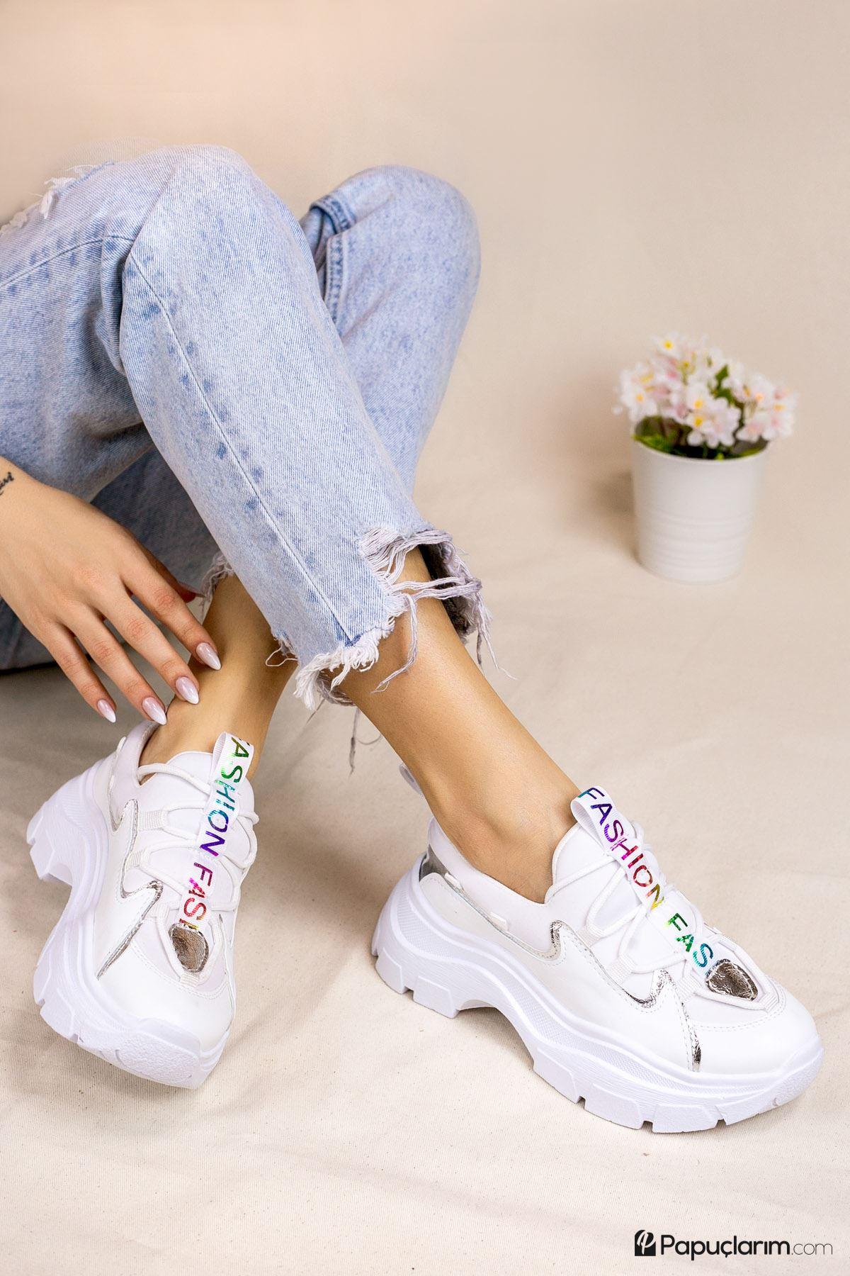 Dave Beyaz Bağcıklı Kadın Spor Ayakkabı