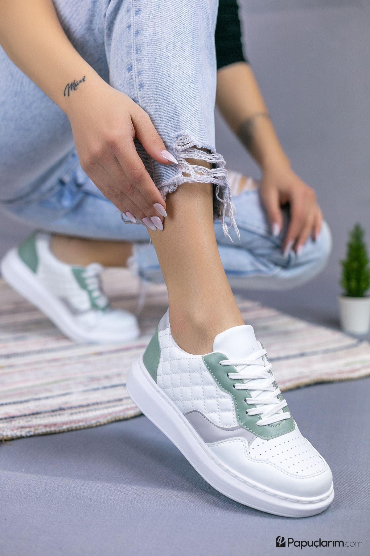 Danila Beyaz Kapitone Gri-Yeşil Süet Bağcıklı Kadın Spor Ayakkabı
