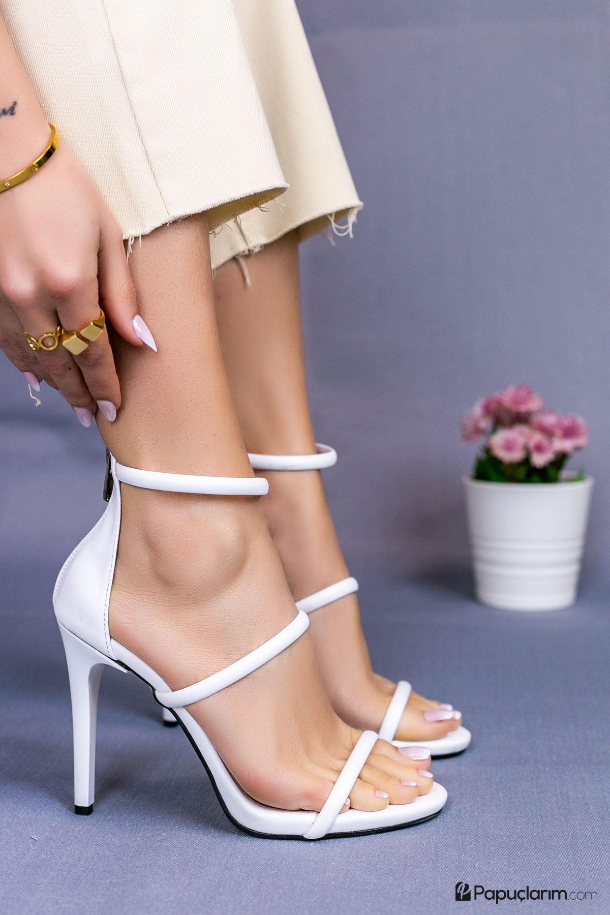 Liona Beyaz Mat Deri Yüksek Topuklu Kadın Ayakkabı
