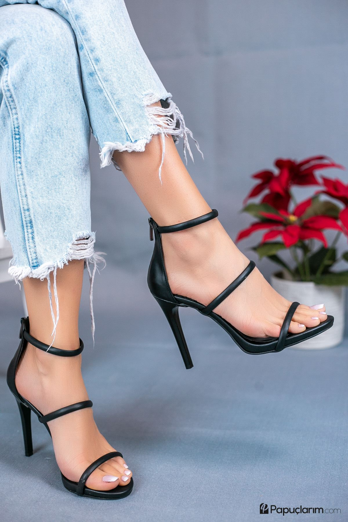 Liona Siyah Mat Deri Yüksek Topuklu Kadın Ayakkabı