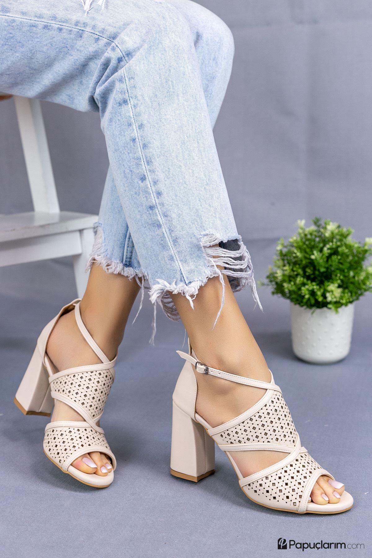 Elissa Vizon Mat Deri Kadın Topuklu Ayakkabı