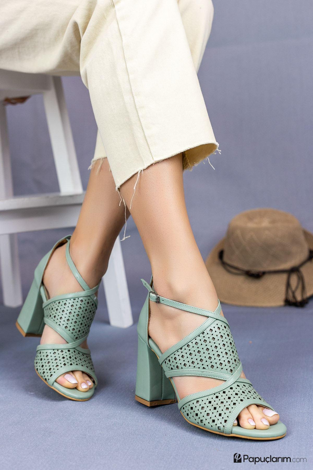 Elissa Yeşil Mat Deri Kadın Topuklu Ayakkabı