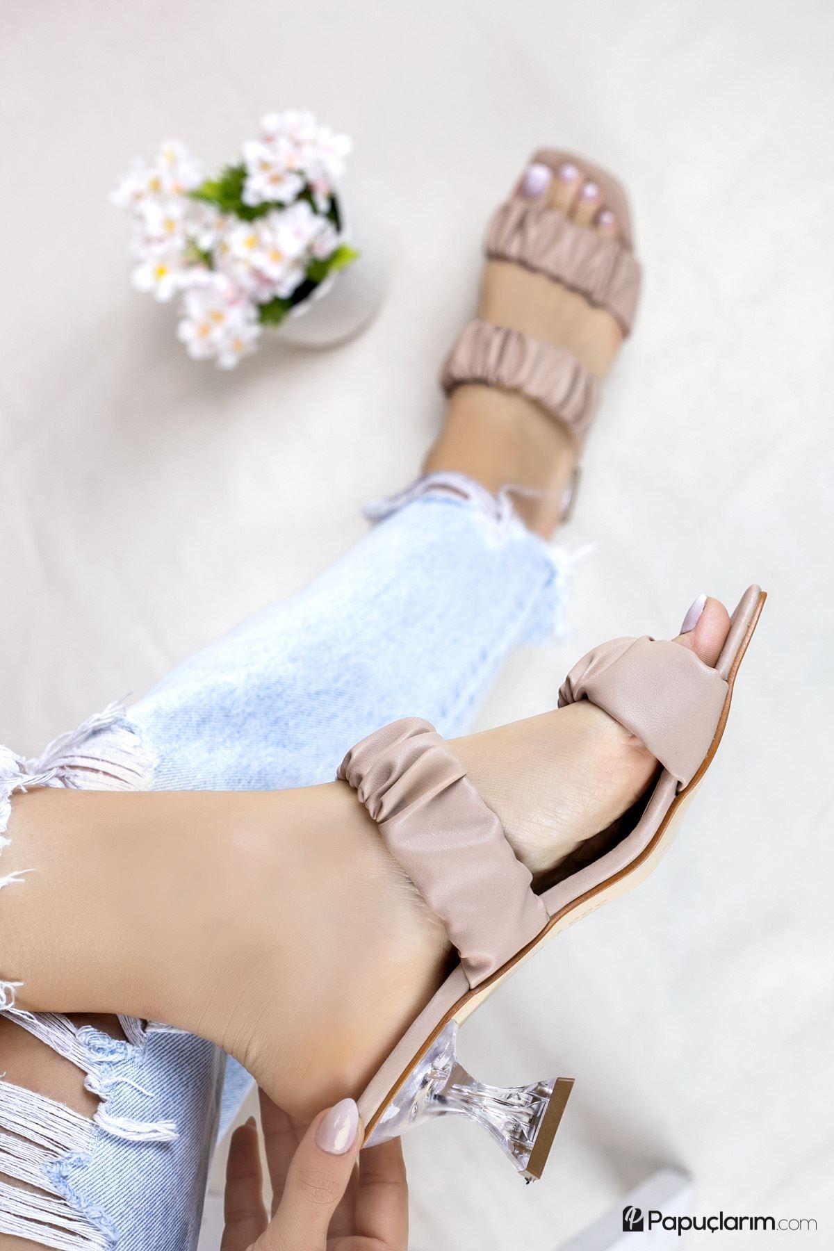 Bianka Vizon Mat Deri Kadın Topuklu Terlik