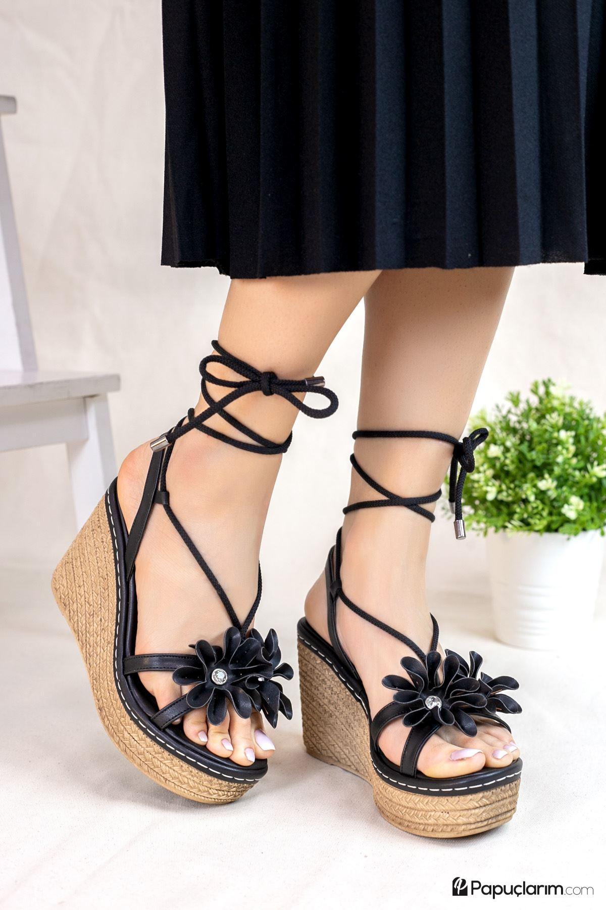 Marsala Siyah Mat Deri Kadın Dolgu Topuklu Ayakkabı