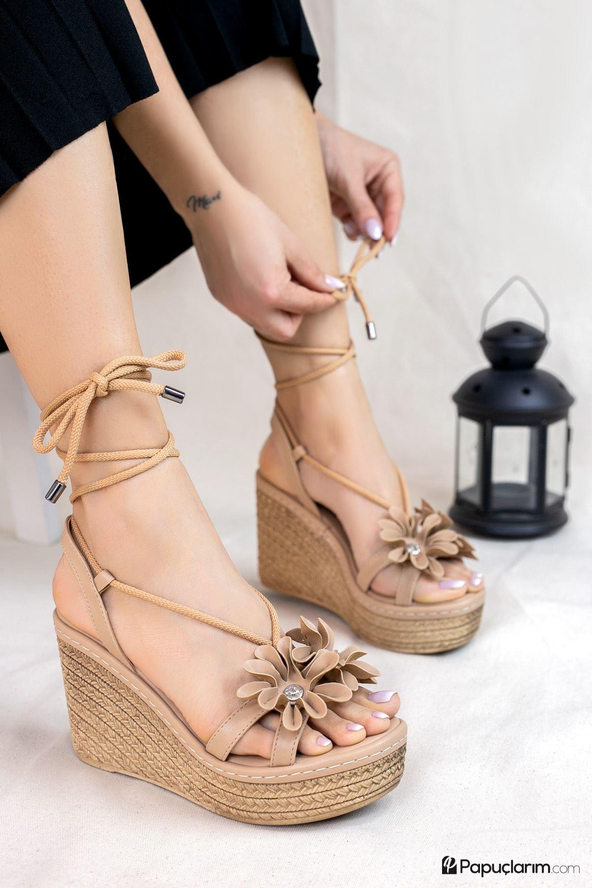 Marsala Vizon Mat Deri Kadın Dolgu Topuklu Ayakkabı