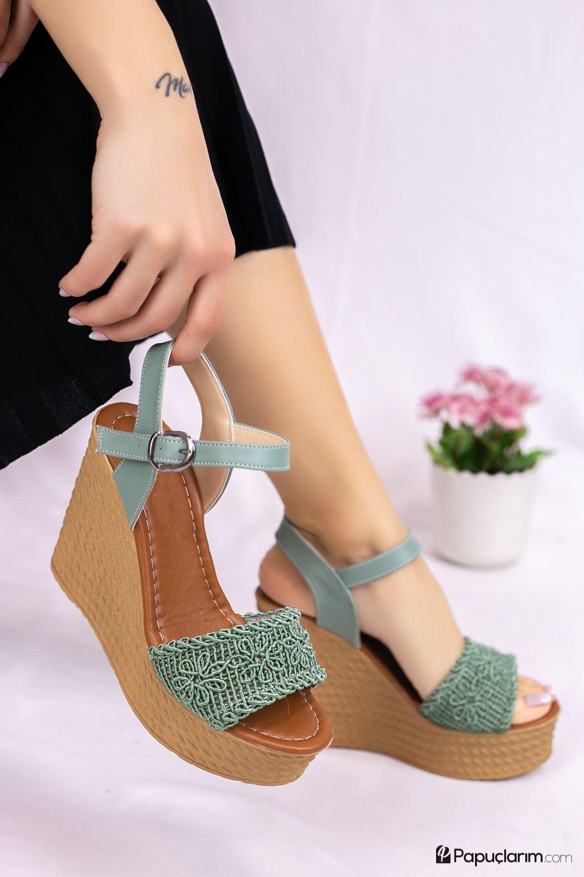 Hilde Yeşil Dantel Yüksek Dolgu Topuk Kadın Ayakkabı