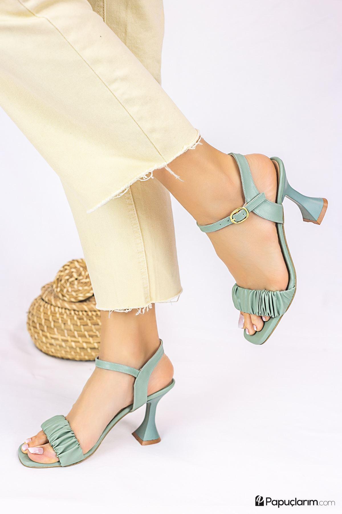 Mistico Yeşil Mat Deri Kadın Topuklu Ayakkabı