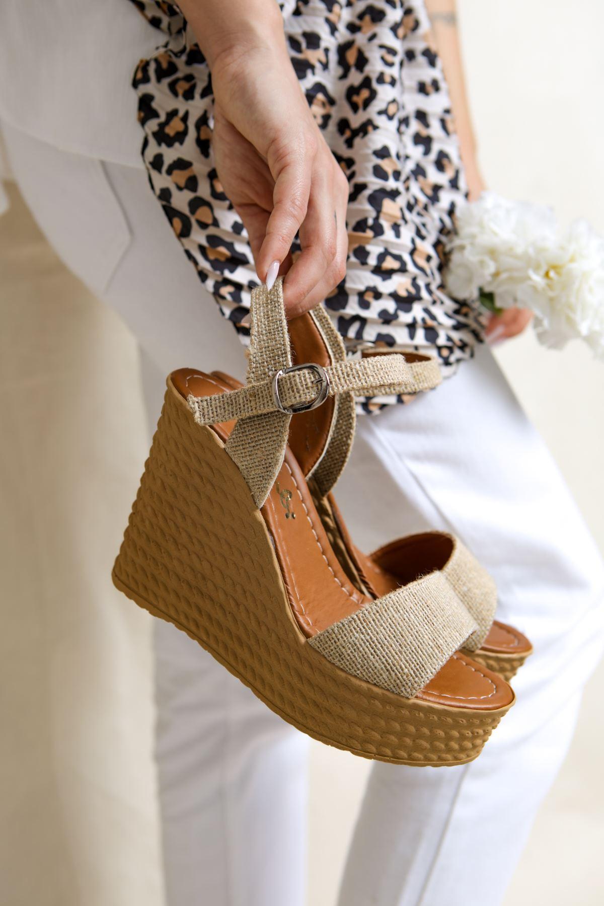 Angie Hasır Dolgu Topuk Kadın Ayakkabı