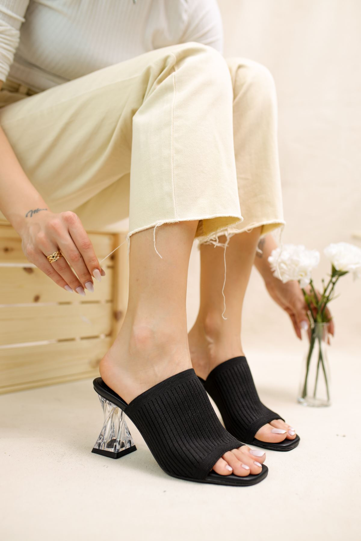 Gemma Siyah Triko Kadın Topuklu Terlik