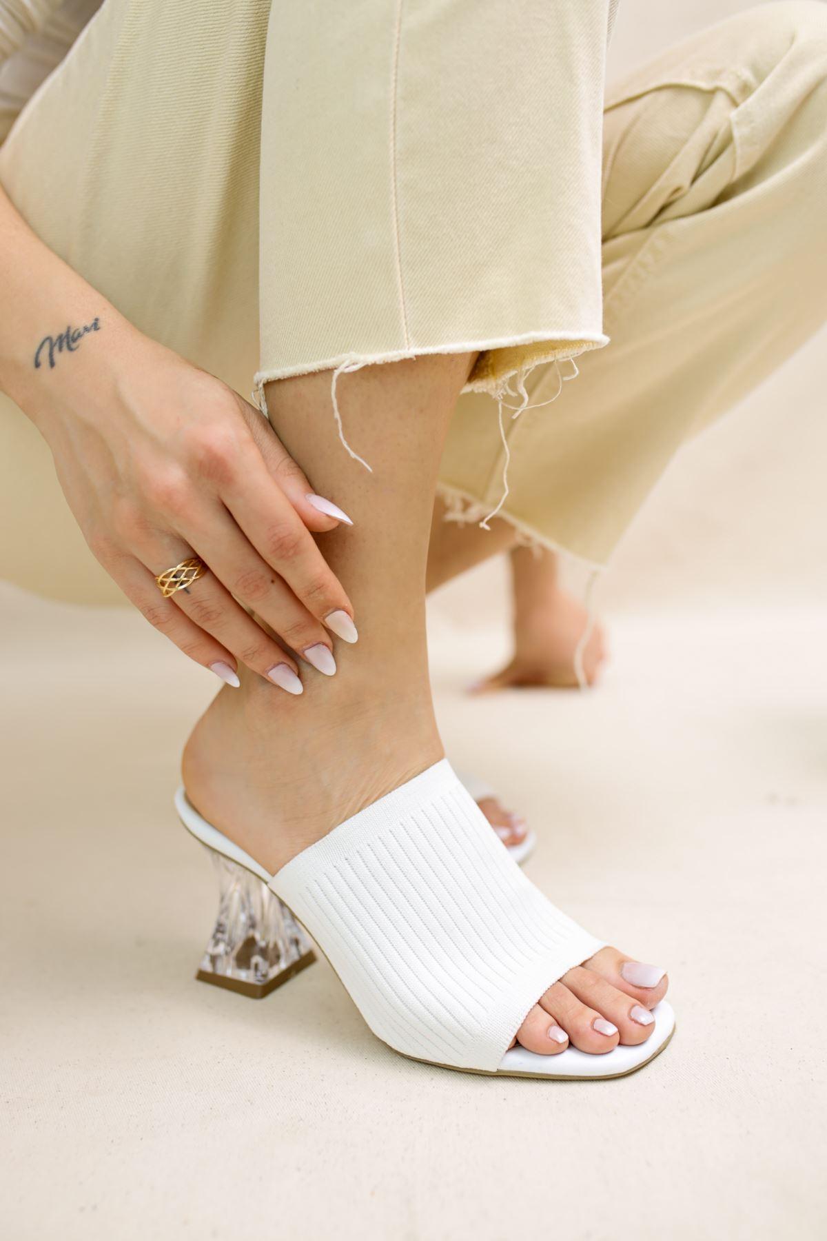 Gemma Beyaz Triko Kadın Topuklu Terlik