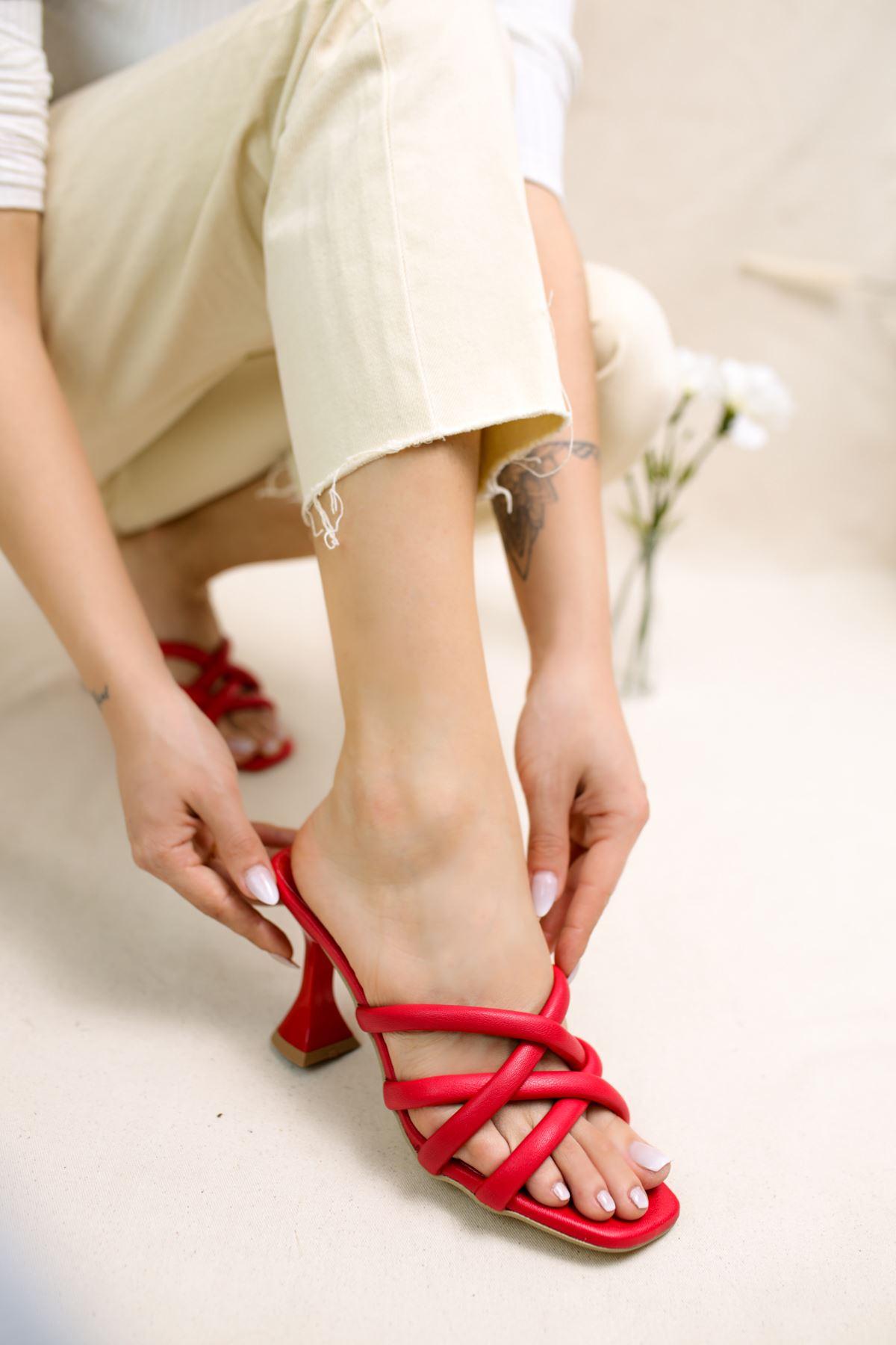 Orfeo Kırmızı Mat Deri Kadın Topuklu Terlik