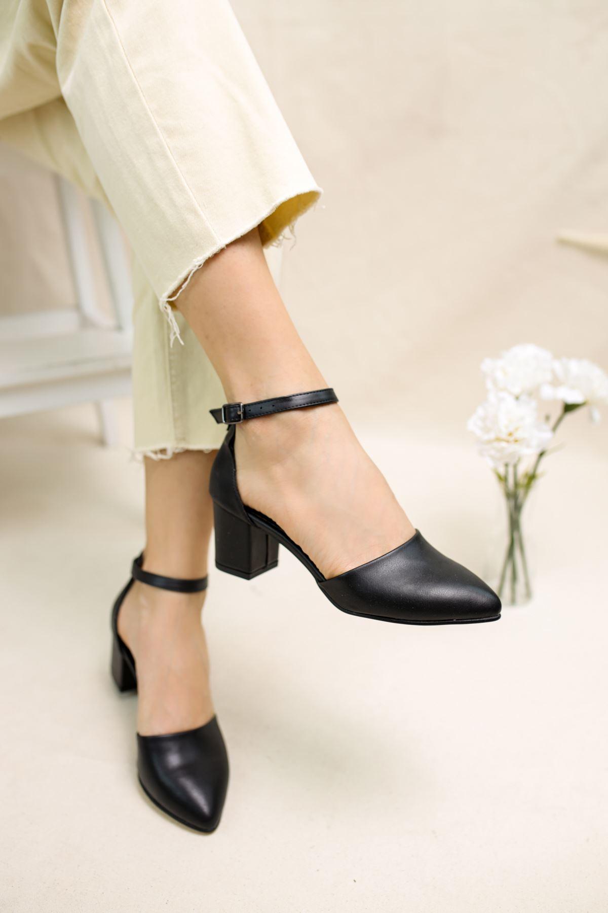 Perlit Siyah Mat Deri Kadın Topuklu Ayakkabı